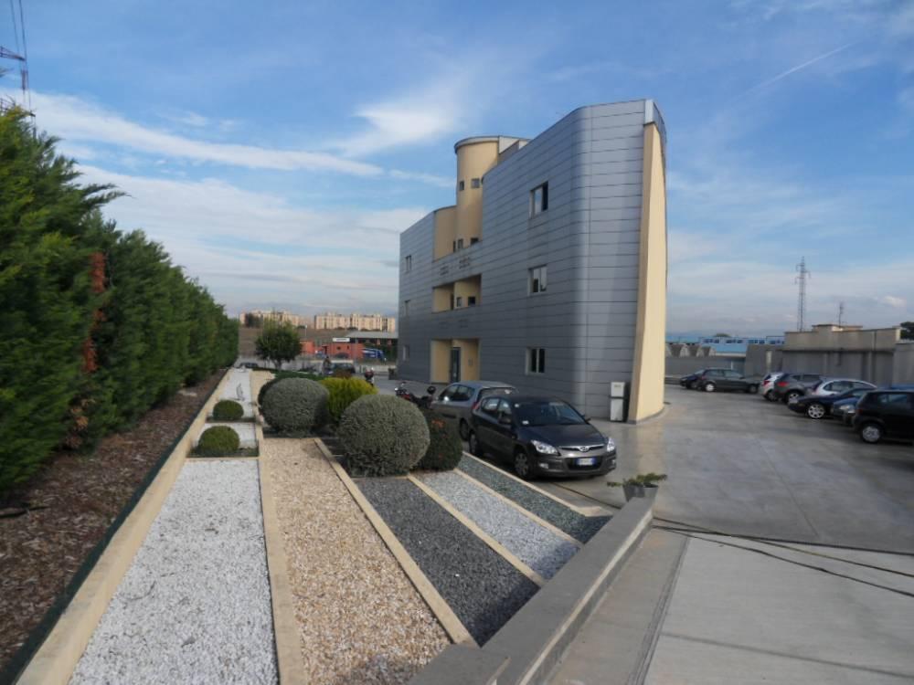Loy immobiliare agenzia roma tiburtina guidonia for Immobiliare ufficio roma
